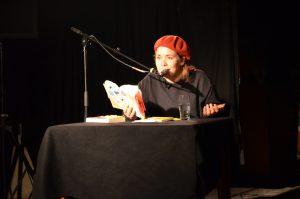 Österreich und die komische Kunst – Stefanie Sargnagel im Interview