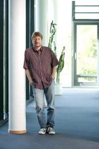 Prof. Dr. Frank Bradke; Foto: DZNE / Laubertphoto