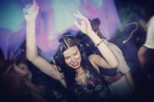 Augen zu und tanzen!