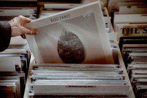 """""""Das Vinyl ist nicht tot zu kriegen."""" – Neuer Plattenladen in der Bonner Innenstadt"""