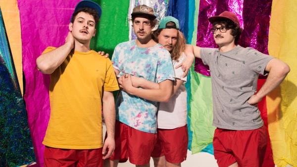 Sommervibes mit politischem Statement: Die Dortmunder Band Drens im Interview